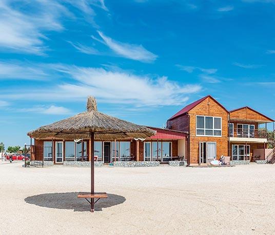 Пляж отеля Тропиканка - Кирилловка