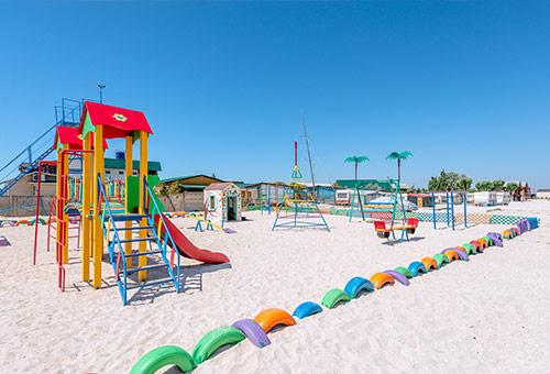 Площадка. Пляжный отель «Tropicanka»